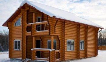 Сруба деревянного дома 10 на 10м